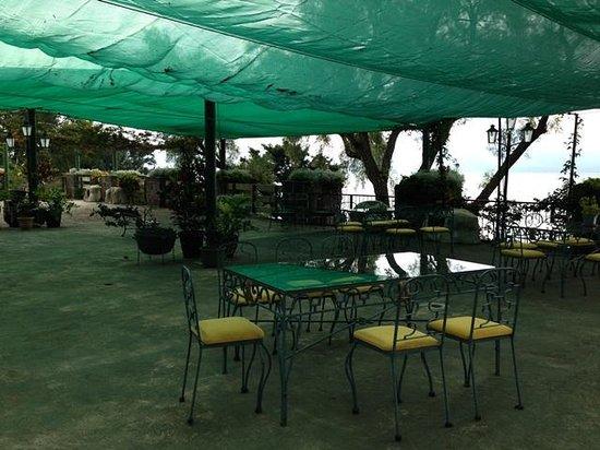 Hotel Posada de Don Rodrigo Panajachel: Terrace