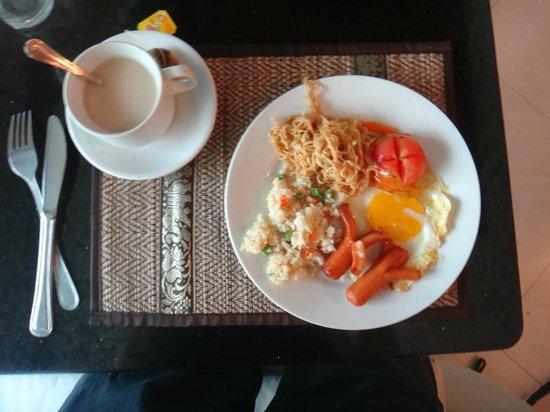Gloria Angkor Hotel: Le petit-déjeuner. (enfin une partie)