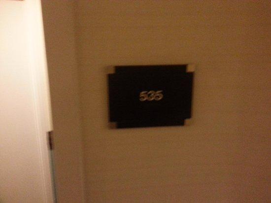 Radisson Hotel Cincinnati Riverfront: Room number