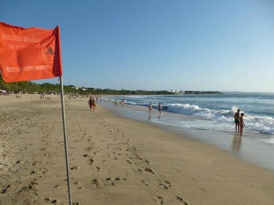 Kuta Seaview Boutique Resort & Spa: Strand