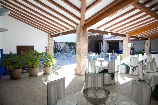 Hotel Restaurante Dulcinea: terraza comedor