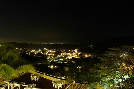 Hotel Pousada e Spa Villa Mercedes : Vista nocturna desde el balcón
