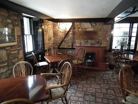 The Lagg Hotel: Open Fire in the Bar