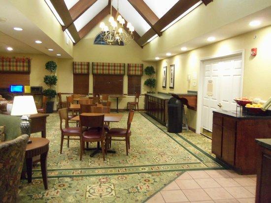 Residence Inn Deptford: Frühstücksraum