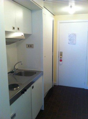 First Euroflat Hotel : Small kitchenette