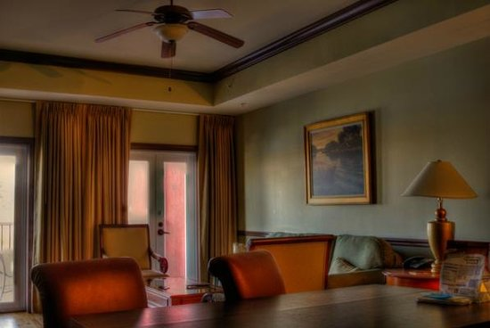 Water Street Hotel & Marina: sitting area