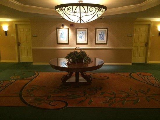Riverside Hotel : 12th floor lobby