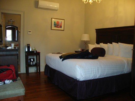 Inn on St. Peter: Room