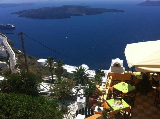Firostefani, Grecia: ресторан вид