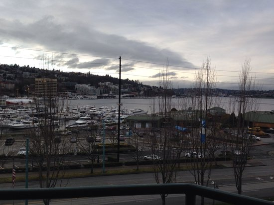 Residence Inn Seattle Downtown/Lake Union: View from room 606