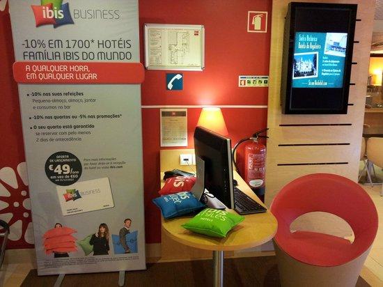 Ibis Porto Centro : Business center