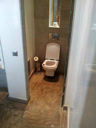 Cesar Resort & Spa: Badezimmer; Toilette