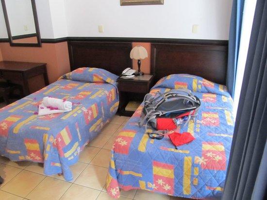 Hotel Colonial: Zimmer im Parterre