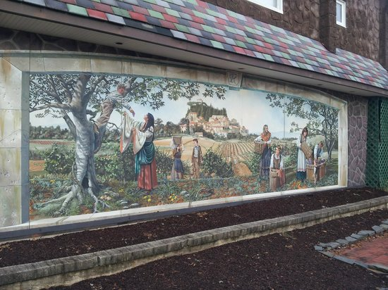 Renault Winery grounds/mural