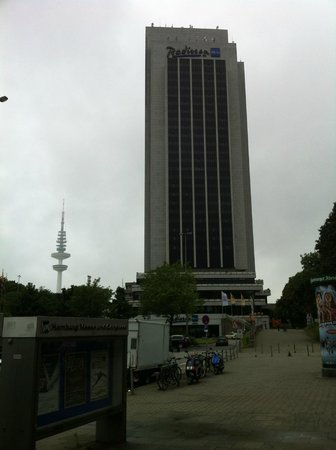 Radisson Blu Hotel, Hamburg: Здание отеля