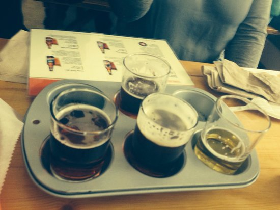 Long Trail Brewing Company: Flight of beer