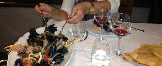 Al Grigliaro: Zuppa di frutti de mare