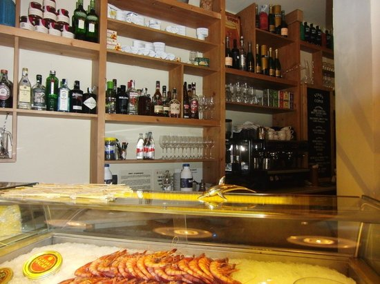 Mont Bar: interior