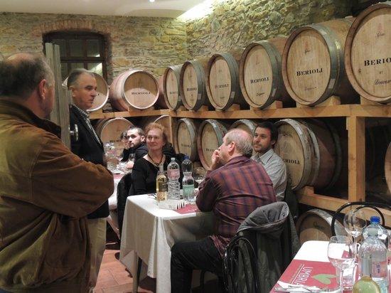 Cantina Berioli: cena in cantina con Luca il propietario del Gufo