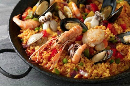 El Escoces Bar y Parrilla: Paella Valenciana de mariscos