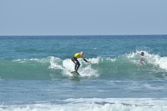 K16 Surf School: up and go