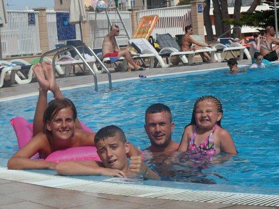 Hotel Marina Torrenova: Family hol 2012