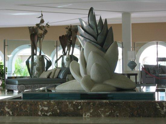 Gran Melia Palacio de Isora Resort & Spa: Lotus  Design in Reception