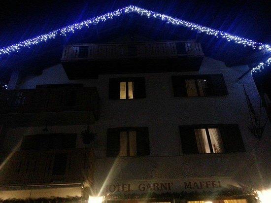 Hotel Maffei: L'Hotel addobbato con luci di natale