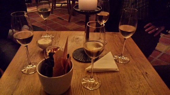 Munkebjerg Hotel: Some tasting before dinner