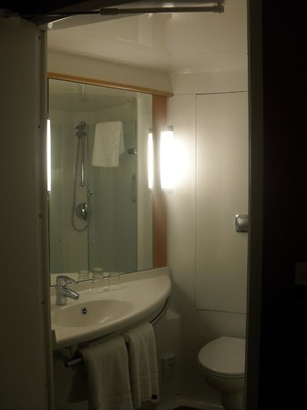 """Hotel Ibis Gloucester: View inside the """"pod"""""""