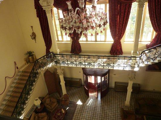 Sofitel Winter Palace Luxor: starcase