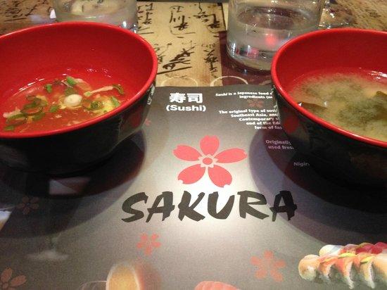 Sakura : 4 choix de soupes au buffet