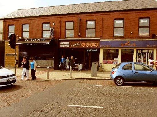 Cafe-Coco: Cafe entrance