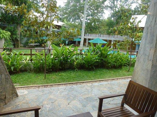 The Grand Udawalawe Safari Resort : Terrace of suite