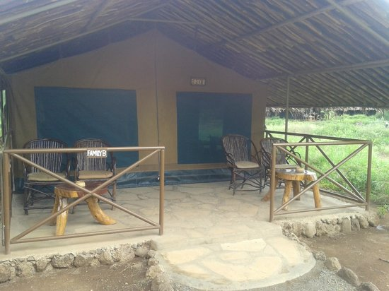 Kibo Safari Camp : Front view of one of the tents