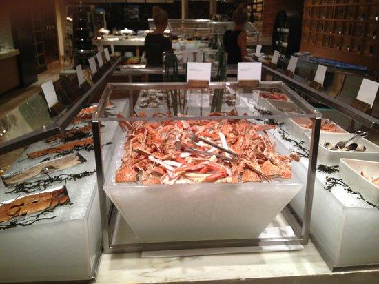 The Westin Abu Dhabi Golf Resort & Spa: Buffet Abends
