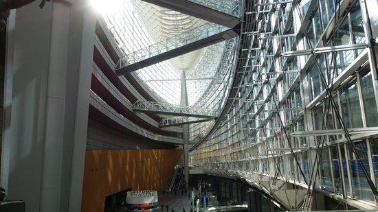 Tokyo International Forum : Interior