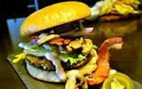 BC Burgers: Absolutely THE BEST BURGER in MEXICO!