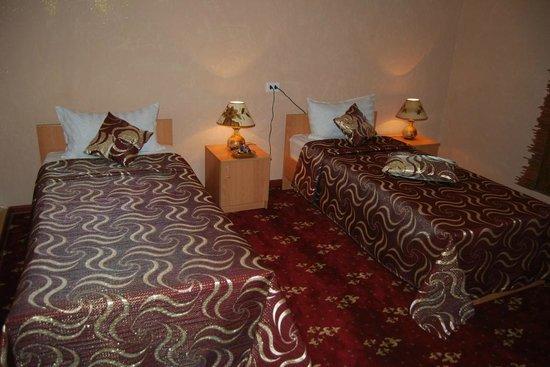 Hotel Xasan Gavhar: Zimmer (Es gibt auch Zimmer mit Doppelbetten)