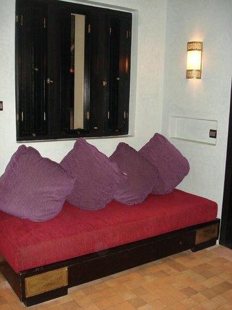 Club Med Marrakech le Riad : le coin salon de la chambre