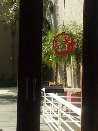 Palermo Suites: lugar al aire libre del hotel para tomar algo o recrearse