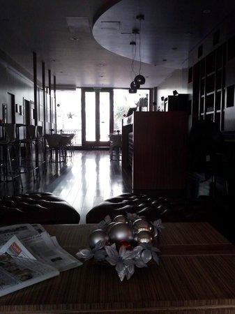 Palermo Suites: barra y sector de comedor