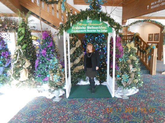 Bavarian Inn Lodge: All the beautiful trees in the conference center. It is so beautful this time of year.