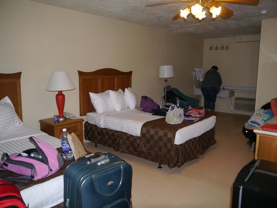 Quality Inn Bryce Canyon: Bryce Canyon Western Resort  |  3800 South Hwy 89, Panguitch, UT 84759