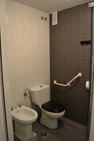 The Boutike Hostel: bagno
