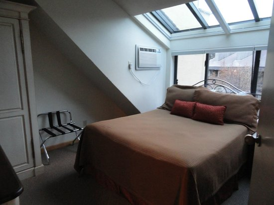 Clock Tower: Loft Bedroom