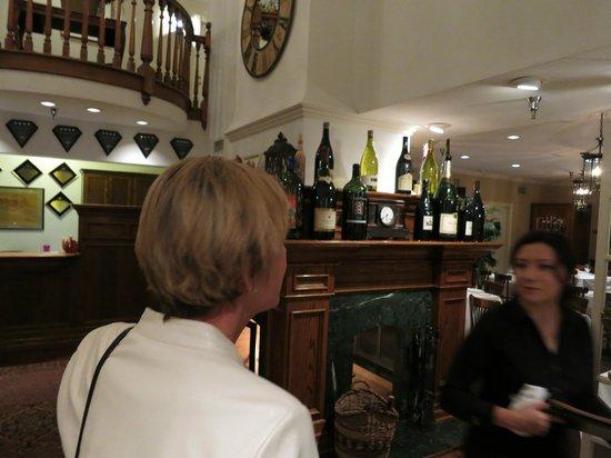 Ballard Inn Restaurant : Foyer to dining room & Inn Reception