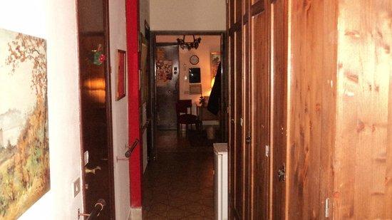 Bed & Breakfast Casetta Manfredi: Corridoio comune