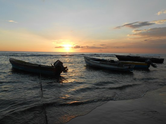 """""""Nuestra Casa"""" Guesthouse : Sunset Billy's Bay"""