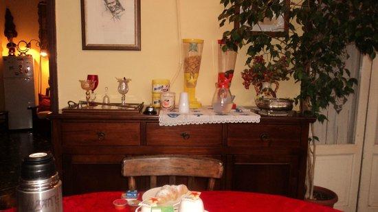 Bed & Breakfast Casetta Manfredi: Sala Colazioni